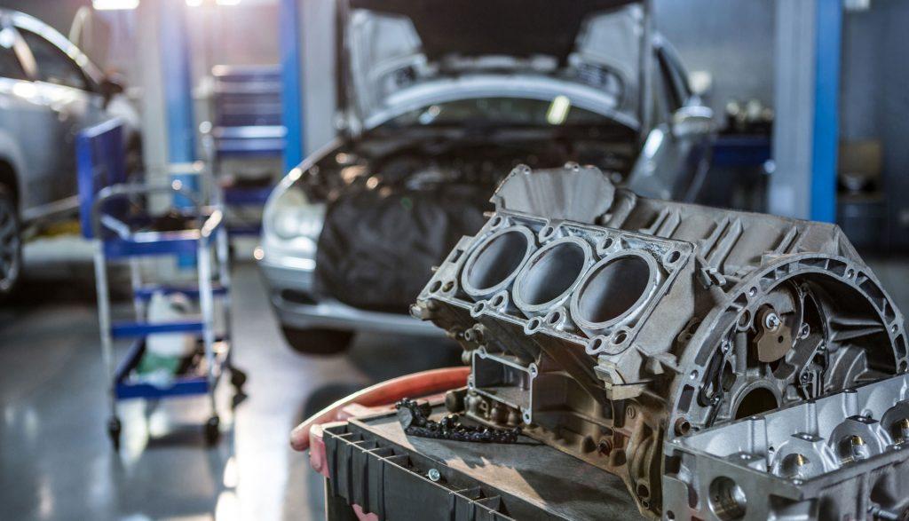 Image d'un haut moteur ouvert